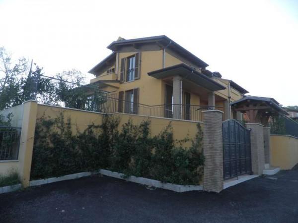 Casa indipendente in vendita a Perugia, Con giardino, 230 mq - Foto 3