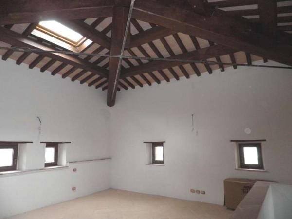 Appartamento in vendita a Magione, San Feliciano, 200 mq - Foto 6