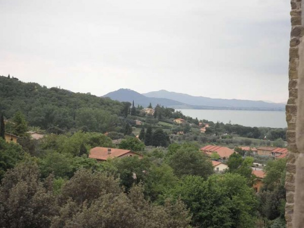 Appartamento in vendita a Magione, San Feliciano, 200 mq - Foto 2
