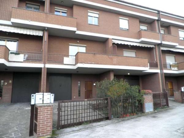 Villetta a schiera in affitto a Perugia, Ferro Di Cavallo, Con giardino, 240 mq - Foto 1