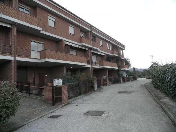 Villetta a schiera in affitto a Perugia, Ferro Di Cavallo, Con giardino, 240 mq - Foto 6