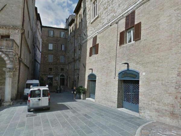Appartamento in vendita a Perugia, Centro Storico, 132 mq
