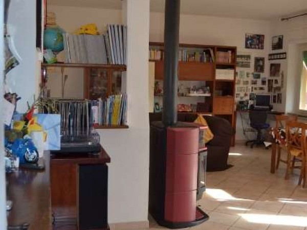 Appartamento in vendita a Perugia, Stazione, 89 mq