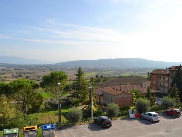 Appartamento in vendita a Perugia, San Martino In Colle, 58 mq - Foto 2