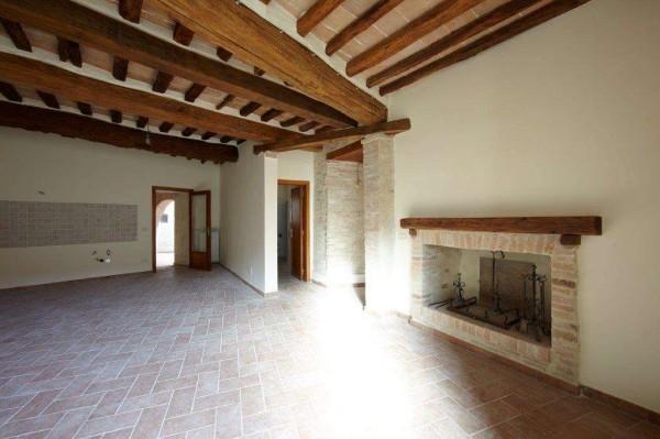 Appartamento in vendita a Perugia, Centro Storico, 90 mq