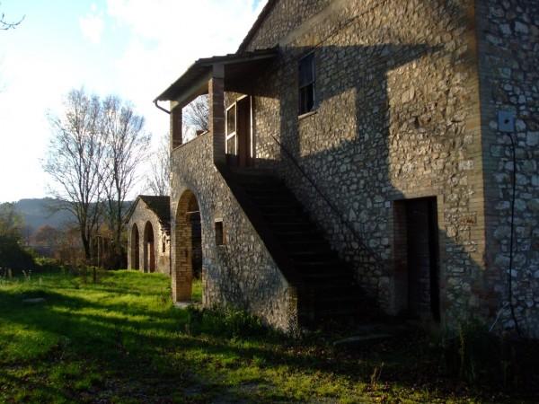 Rustico/Casale in vendita a Corciano, Mantignana, 160 mq
