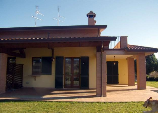 Villa in vendita a Perugia, Santa Sabina, Con giardino, 200 mq