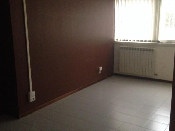 Ufficio in vendita a Perugia, Settevalli, 60 mq