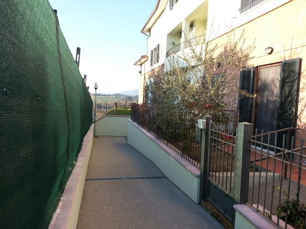 Bilocale in vendita a Perugia, Periferia, Con giardino, 50 mq