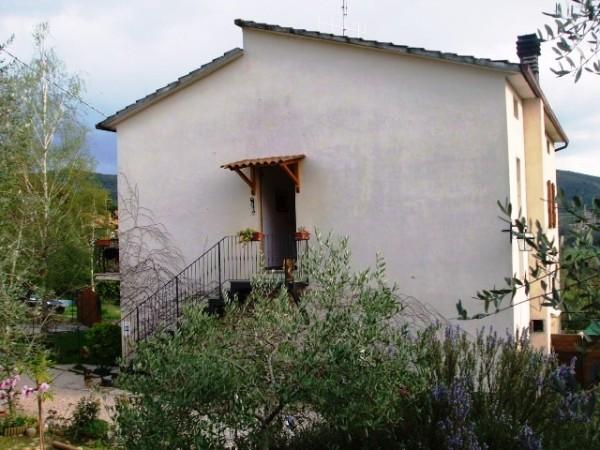 Appartamento in vendita a corciano mantignana con for Giardino 90 mq