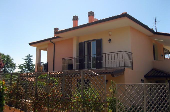 Bilocale in vendita a Passignano sul Trasimeno, San Donato, 60 mq