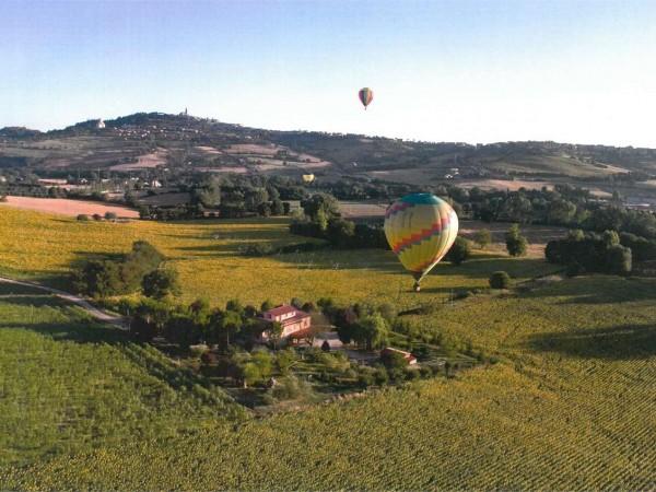 Villa in vendita a Todi, Todi - Frazione, Con giardino, 450 mq - Foto 1