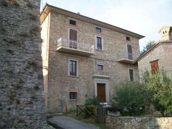 Immobile in vendita a Todi, Todi - Frazione, 800 mq - Foto 1