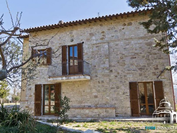 Rustico/Casale in vendita a Todi, Con giardino, 200 mq - Foto 1