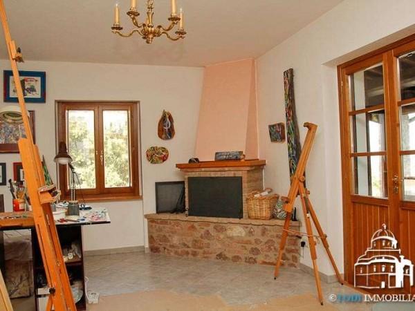 Villa In Vendita A Montecchio Con Giardino 235 Mq Bc