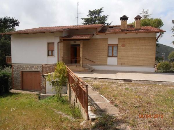 Villa in vendita a Perugia, Canneto, Con giardino, 300 mq