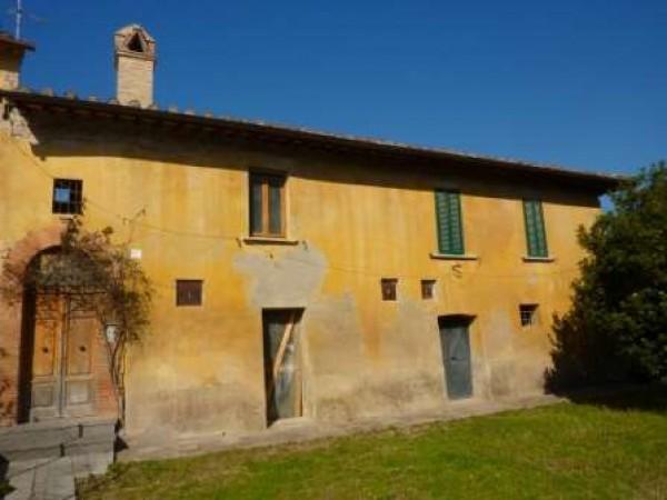 Rustico/Casale in vendita a Perugia, Pila, 300 mq