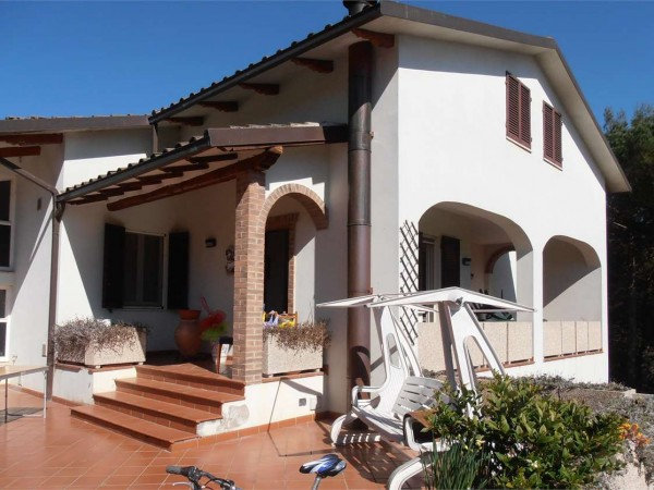 Villa in vendita a Perugia, San Marco, Con giardino, 350 mq