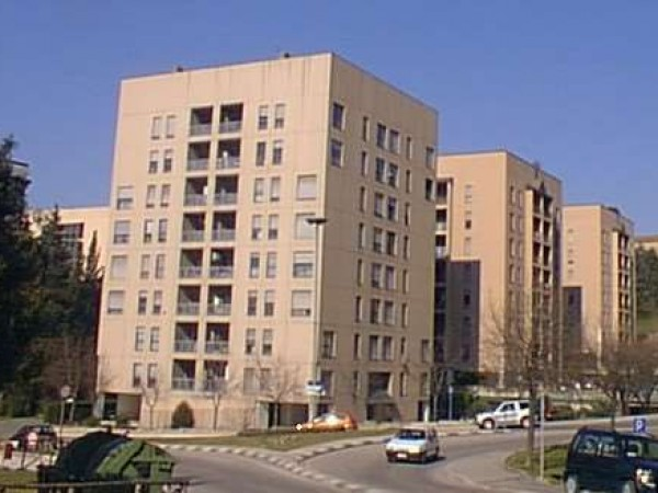 Appartamento in vendita a Perugia, Stazione, Con giardino, 100 mq