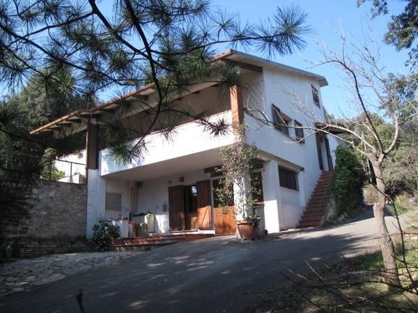 Villa in vendita a Perugia, Olmo, 160 mq