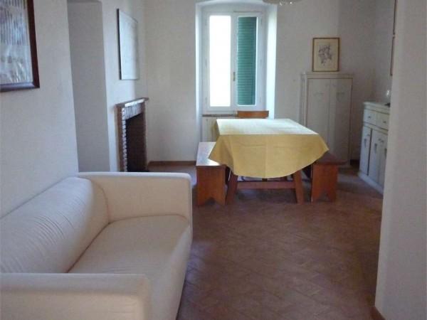 Trilocale in affitto a Perugia, Con giardino, 70 mq