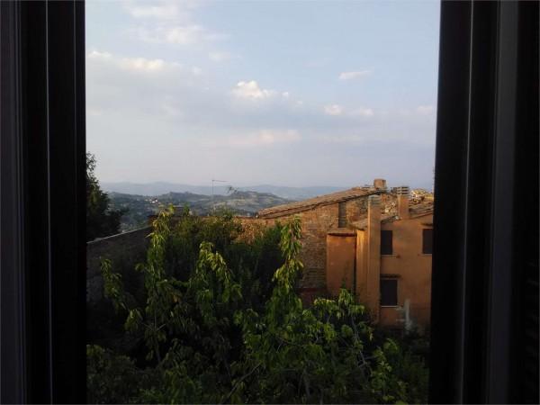 Appartamento in vendita a Perugia, Centro Storico, Arredato, 110 mq