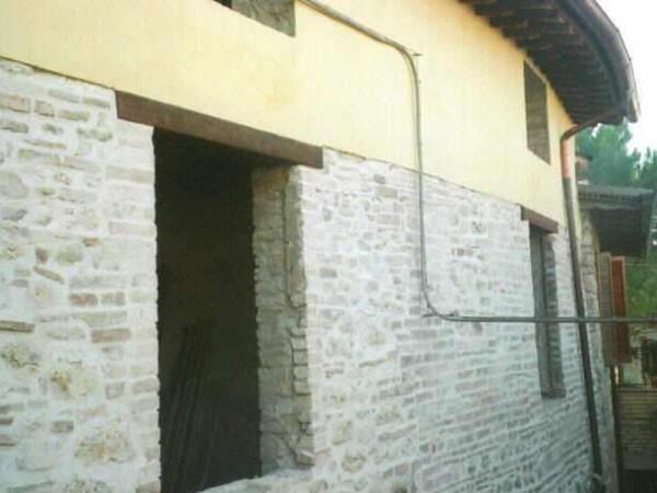 Appartamento in vendita a Assisi, Castelnuovo, 67 mq