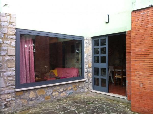 Casa indipendente in vendita a Magione, San Feliciano, Con giardino, 140 mq - Foto 12