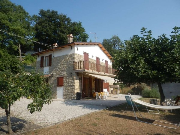 Villa in vendita a Pietralunga, Con giardino, 140 mq