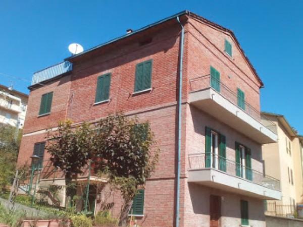 Casa indipendente in vendita a Perugia, Ponte Felcino, Con giardino, 185 mq