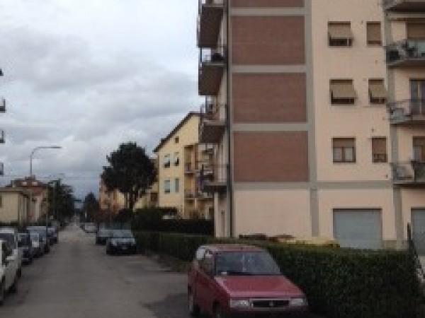 Negozio in vendita a Città di Castello, S. Pio, 40 mq