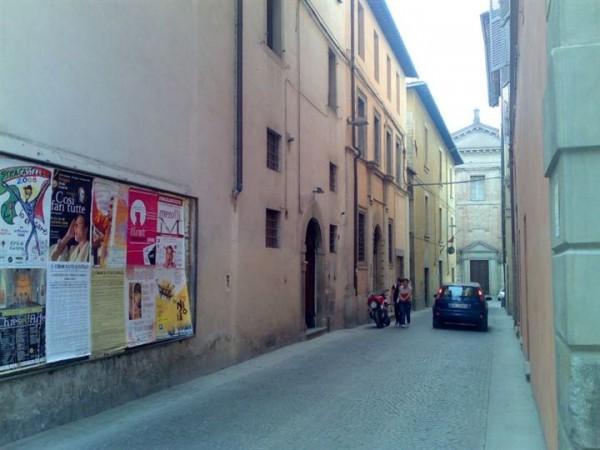 Negozio in vendita a Città di Castello, Centro Storico, 50 mq