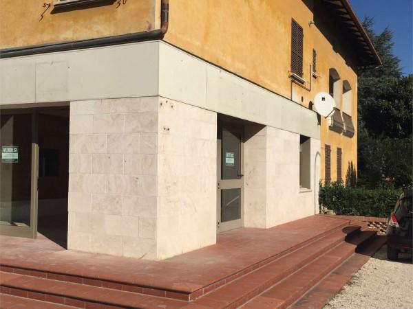 Negozio in affitto a Perugia, Castel Del Piano, Con giardino, 130 mq - Foto 4