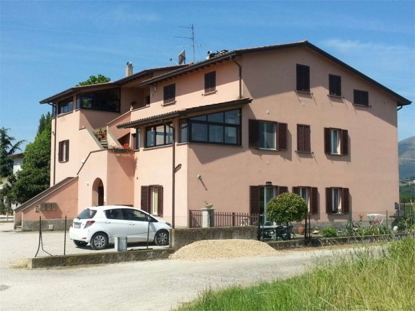 Appartamento in vendita a Perugia, Ponte Pattoli, Con giardino, 86 mq - Foto 1