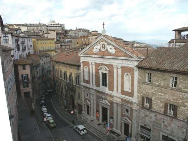 Appartamento in vendita a Perugia, Centro Storico, 74 mq - Foto 2