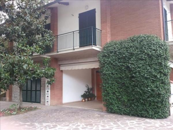 Villa in vendita a Perugia, Ponte Rio, 350 mq
