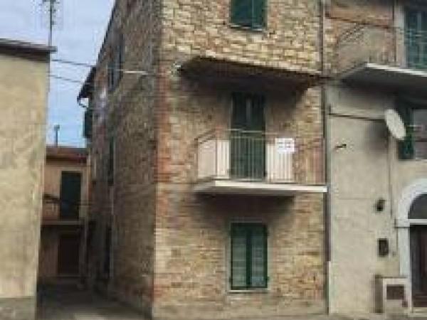 Appartamento in vendita a Perugia, San Marco, 60 mq