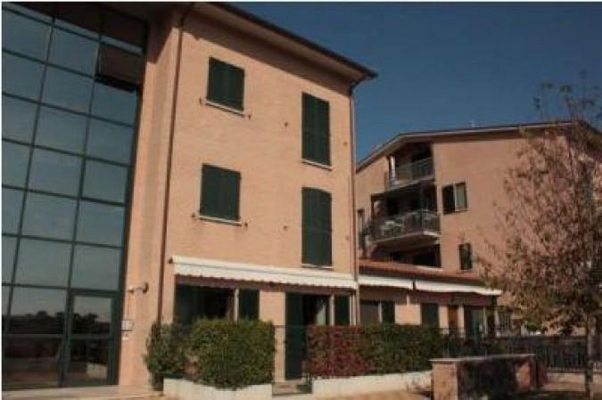 Appartamento in vendita a Perugia, Strozzacapponi, 90 mq