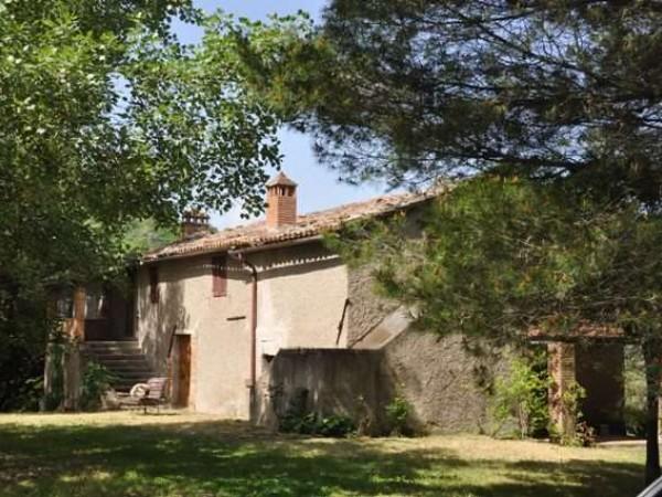 Appartamento in vendita a Marsciano, Con giardino, 360 mq