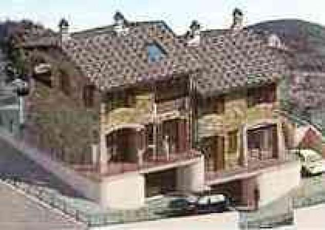 Villa in vendita a Corciano, Con giardino, 210 mq