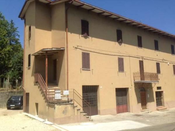 Appartamento in vendita a Perugia, Con giardino, 60 mq