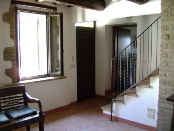 Appartamento in affitto a Marsciano, Arredato, con giardino, 160 mq