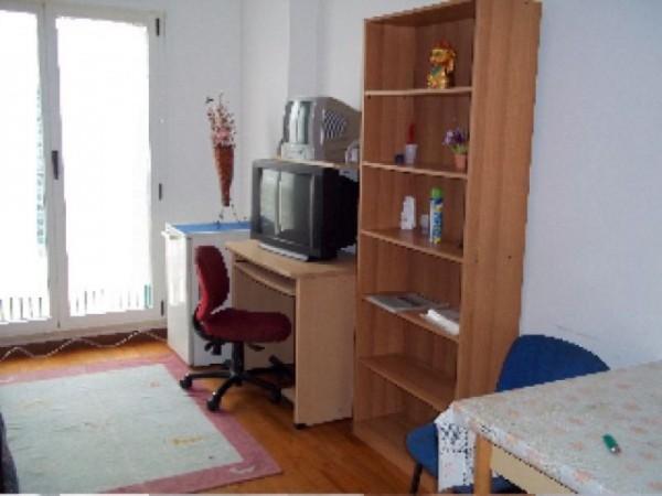 Appartamento in affitto a Perugia, Madonna Alta, Ferro Di Cavallo, Settevalli, Arredato, 35 mq