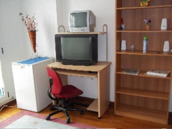 Appartamento in affitto a Perugia, Madonna Alta, Ferro Di Cavallo, Settevalli, Arredato, 35 mq - Foto 2