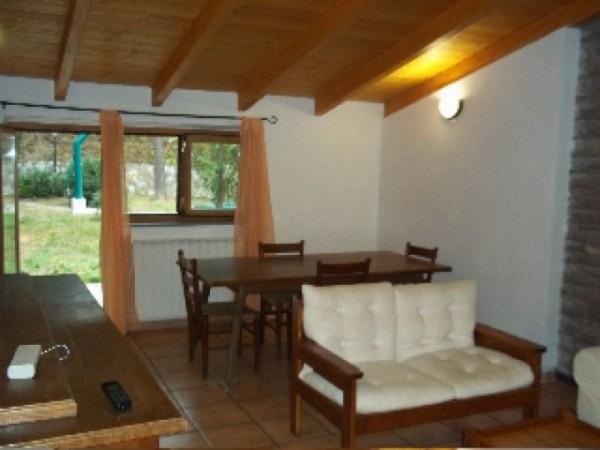 Appartamento in affitto a Perugia, Ponte Felcino, Piccione, Fraticciola Selvatica, Arredato, 80 mq