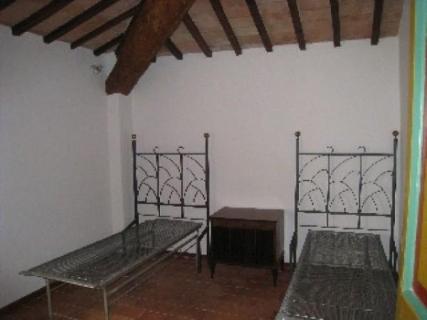 Appartamento in affitto a Perugia, S. Martino In Colle, S. Enea, S. Martino In Campo, Arredato, con giardino, 60 mq - Foto 9