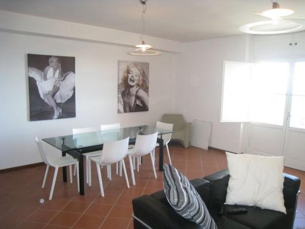 Appartamento in affitto a Perugia, Centro Storico, Arredato, 90 mq