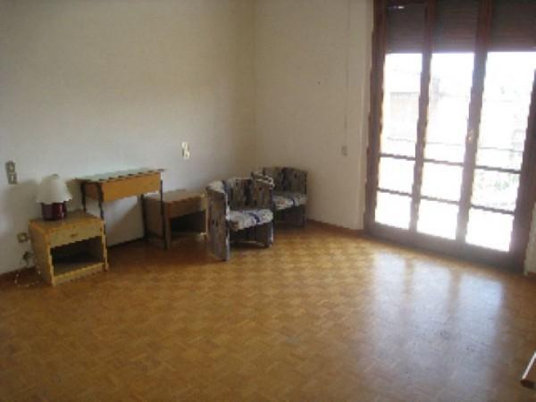 Appartamento in affitto a Perugia, Porta Eburnea, Porta S.pietro, Arredato, 150 mq - Foto 3