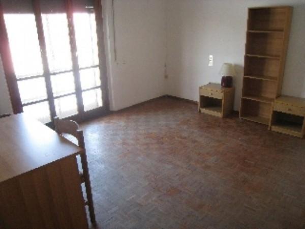 Appartamento in affitto a Perugia, Porta Eburnea, Porta S.pietro, Arredato, 150 mq - Foto 10