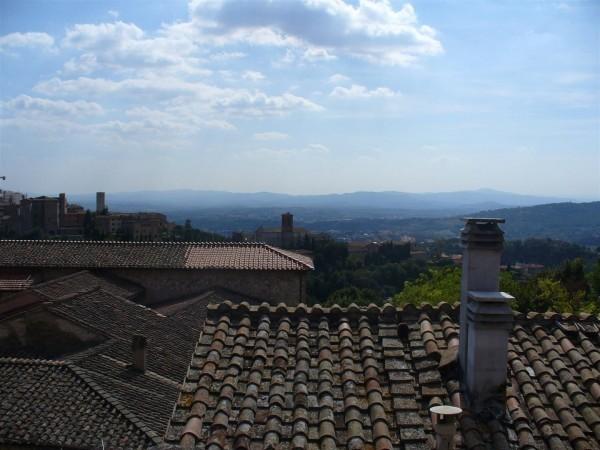 Appartamento in vendita a Perugia, Elce, 70 mq